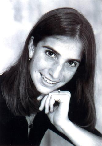 Profile Image of Lauren Latessa Thoman